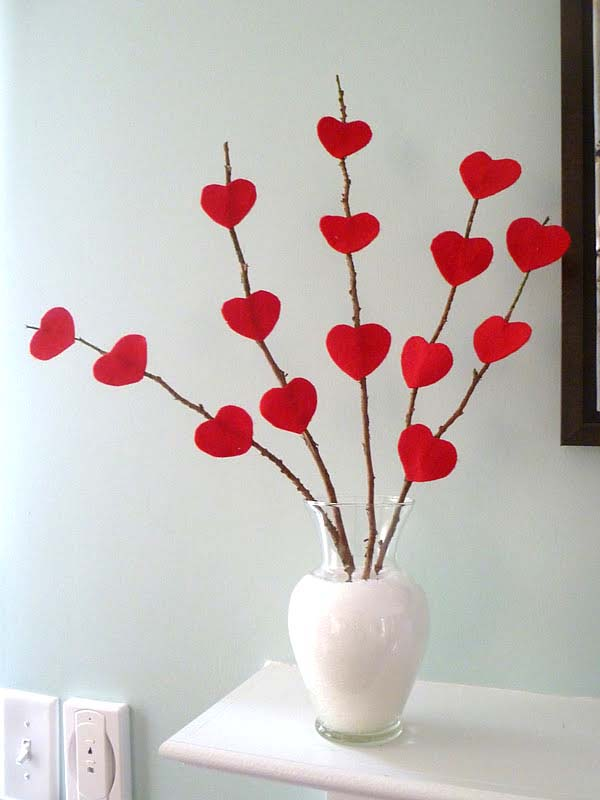 Valentine Heart Tree #valentinesday #rustic #decor #diy #decorhomeideas