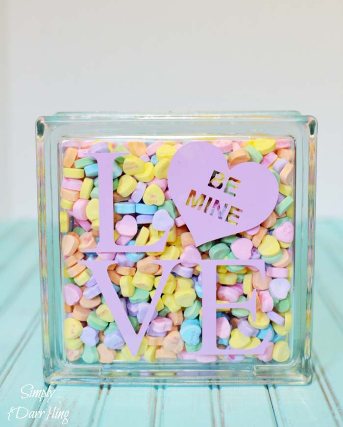 Valentine's Day Candy Holder #valentine #dollarstore #diy #decor #decorhomeideas