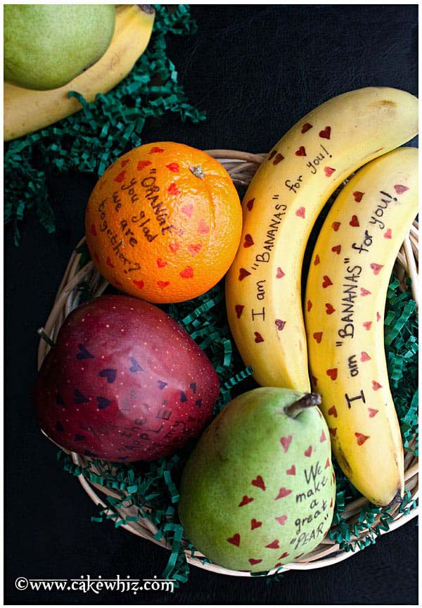 Valentines Day Fruits with Messages #valentinesday #gifts #diy #decorhomeideas