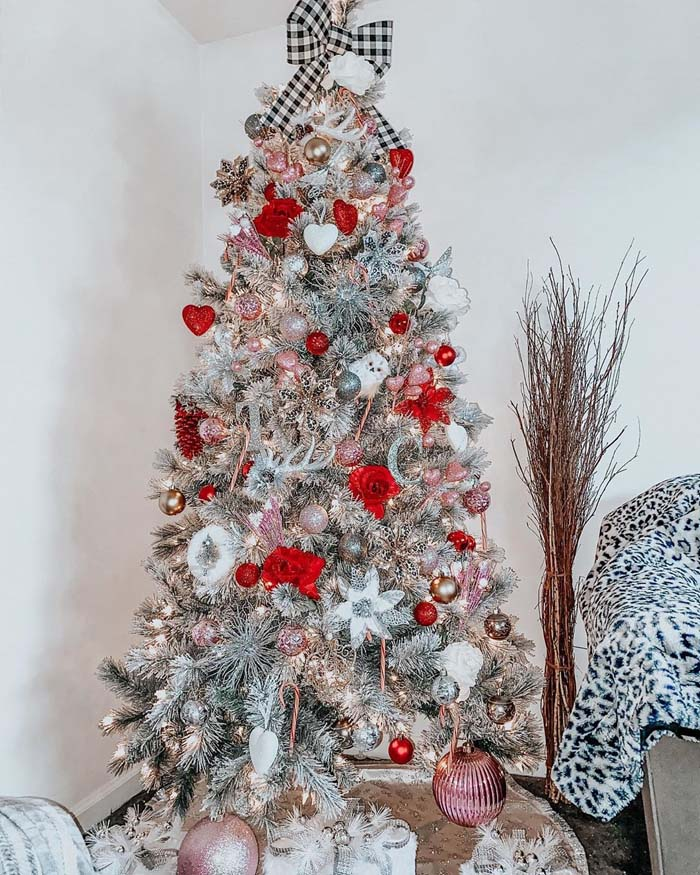 Valentine's Day Tree With Buffalo Plaid Topper #valentine #tree #diy #decorhomeideas