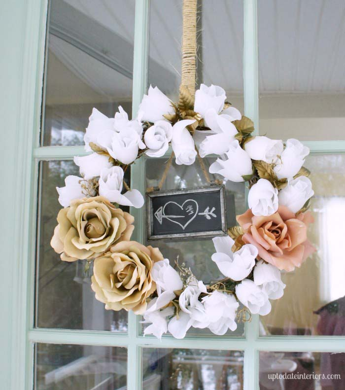 White, Pink and Gold Rose Wreath #valentine #diy #wreaths #decorhomeideas