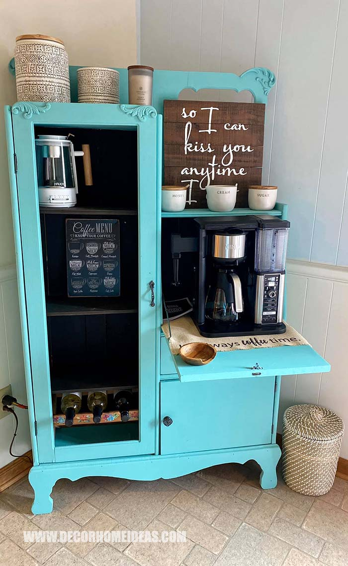 Antique Coffee Bar Painted In Turquoise #coffeebar #antique #decorhomeideas
