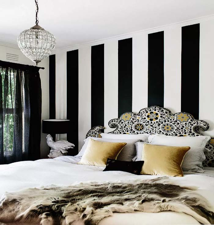 Black And White Striped Wall Accent For Womens' Bedroom #women #bedroom #feminine #decor #decorhomeideas