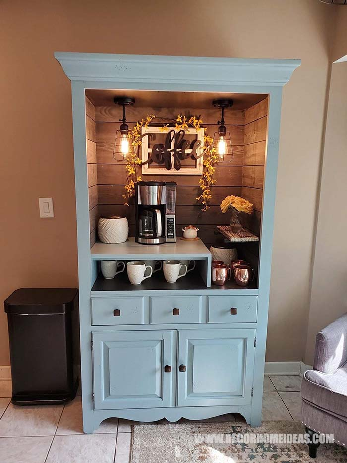 Coffee Bar Made From Hutch. Perfect coffee station for all coffee and tea lovers. #coffee #coffeebar #makeover #decorhomeideas