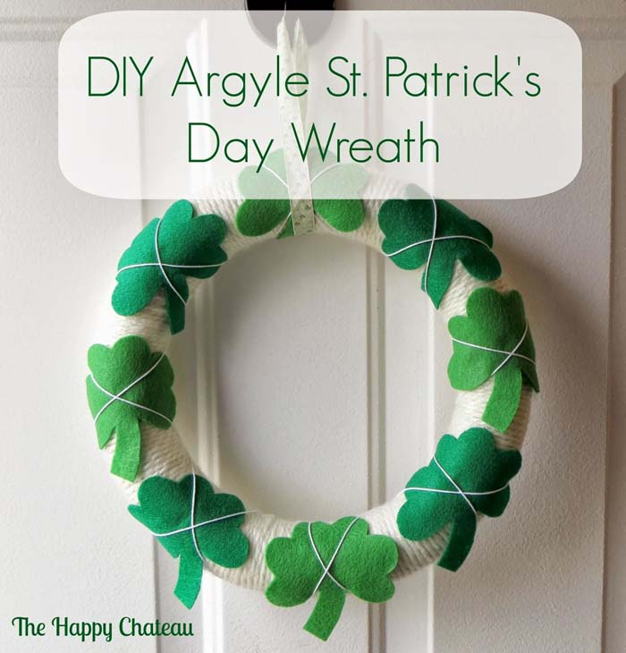 DIY Tutorial Saint Patricks Day Argyle #stpatrick #diy #wreath #decorhomeideas
