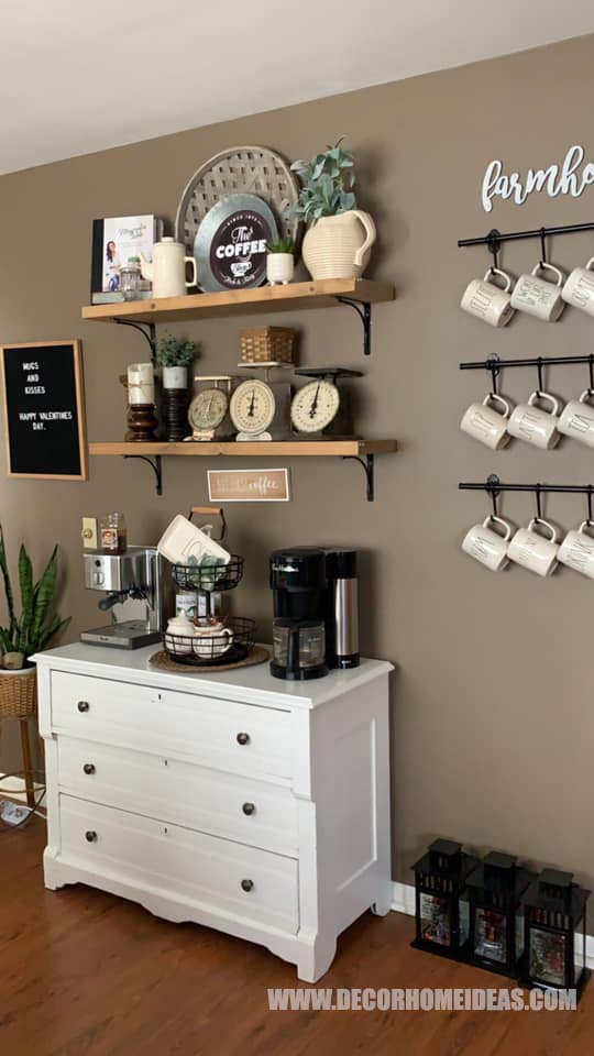 Easy Farmhouse Coffee Bar #coffeebar #farmhouse #decorhomeideas