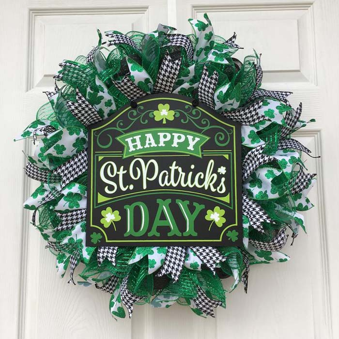 Happy Saint Patrick Wreath #stpatrick #diy #wreath #decorhomeideas