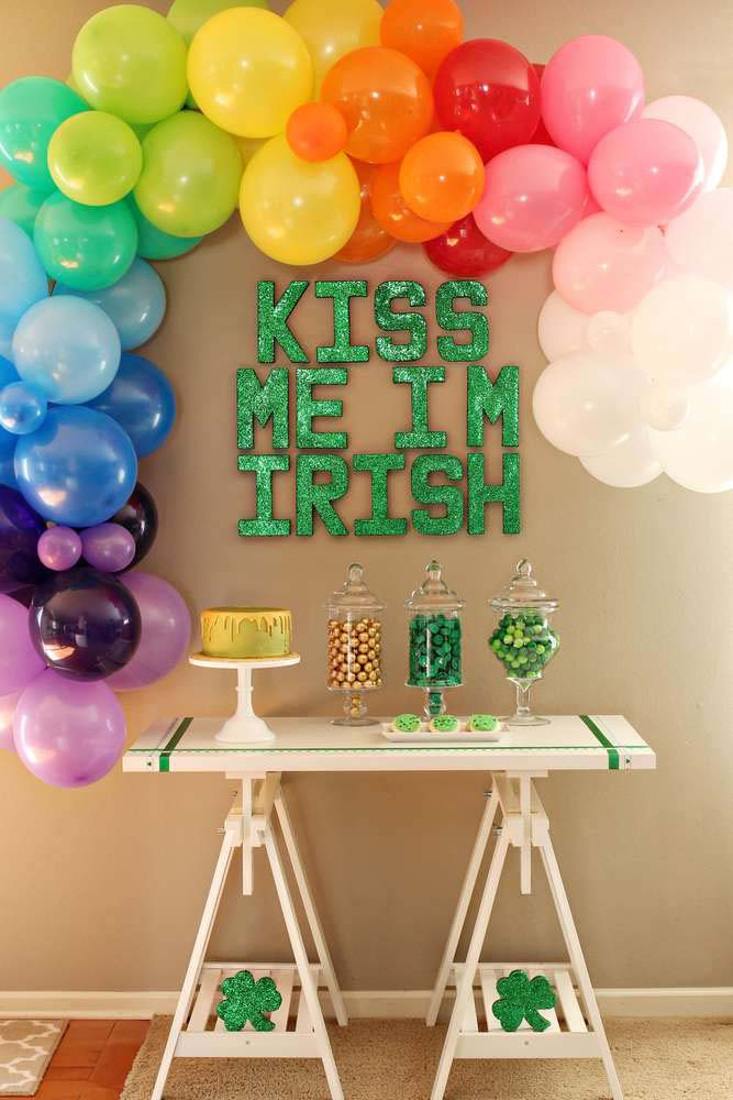 Leprechaun Lunch Party #stpatrick #diy #decor #decorations #decorhomeideas