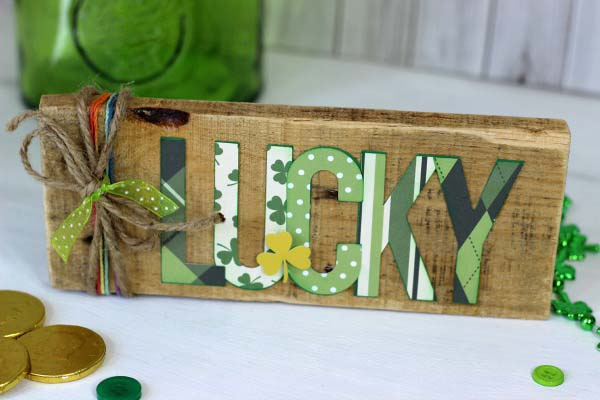 Lucky Pallet Sign #stpatrick #diy #decor #decorations #decorhomeideas