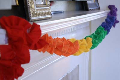 Rainbow Garland #stpatrick #diy #decor #decorations #decorhomeideas