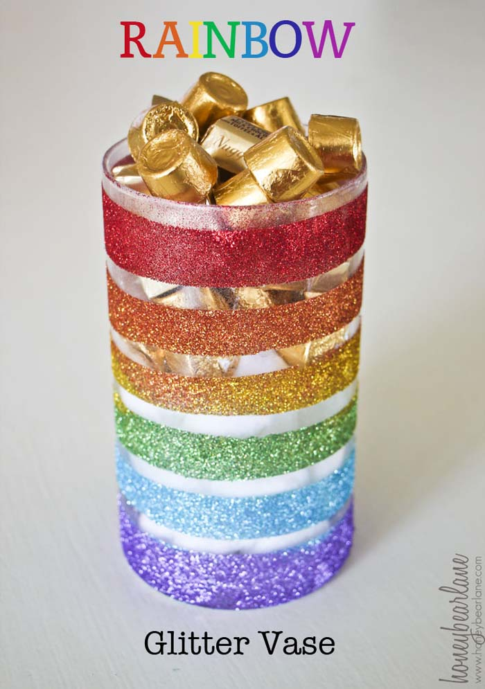 Rainbow Glitter Vase #stpatrick #diy #decor #decorations #decorhomeideas