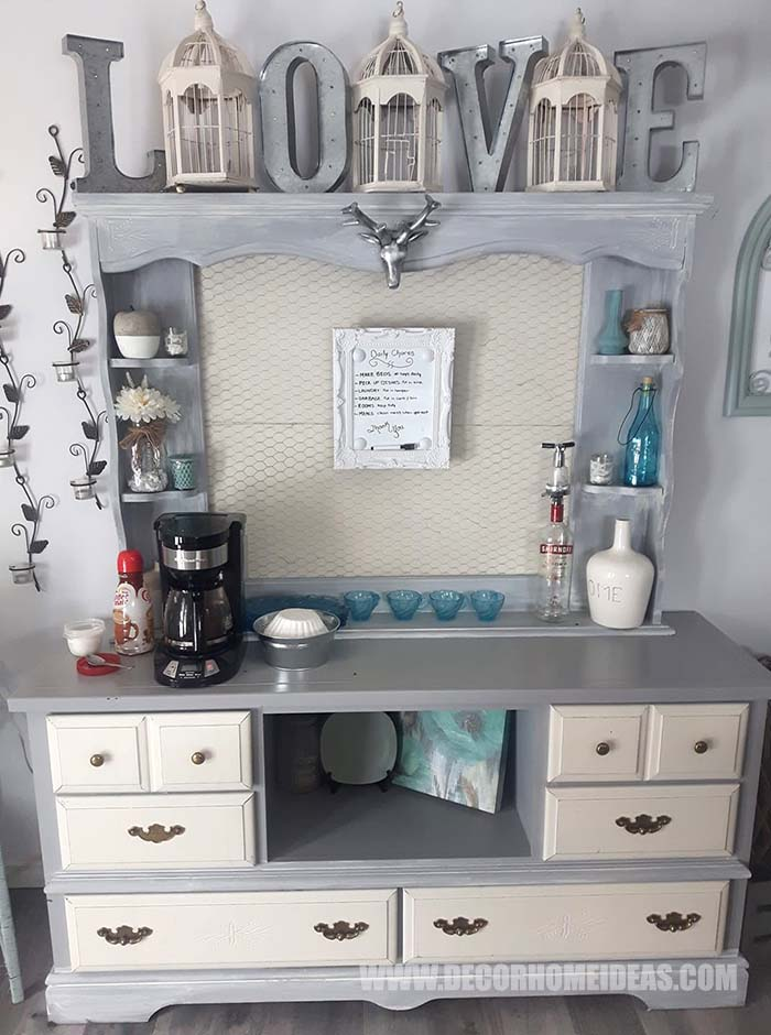 Rustic Cabinet Coffee Station #diy #coffee #station #decorhomideas