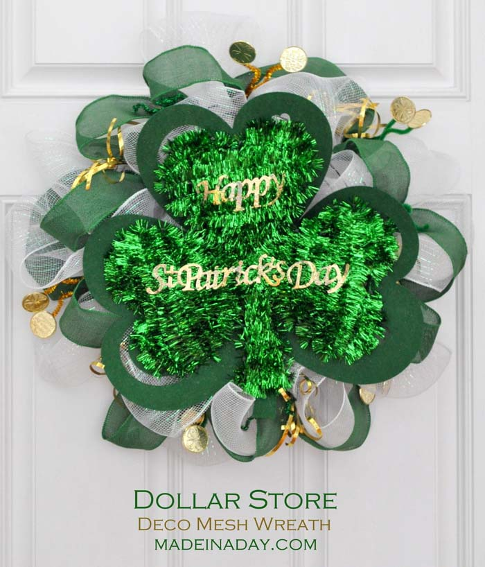 Saint Patricks Day Dollar Store Mesh Wreath #stpatrick #diy #wreath #decorhomeideas