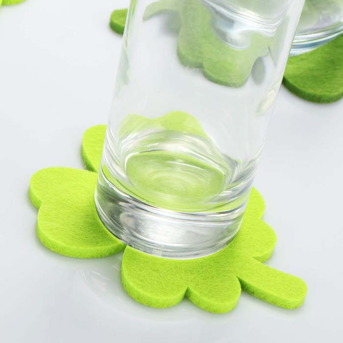 Shamrock Coasters #stpatrick #diy #decor #decorations #decorhomeideas