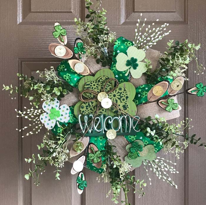 Shamrock Welcome Wreath St Patricks Day #stpatrick #diy #wreath #decorhomeideas