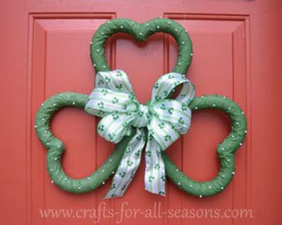 Shamrock Wreath #stpatrick #diy #wreath #decorhomeideas