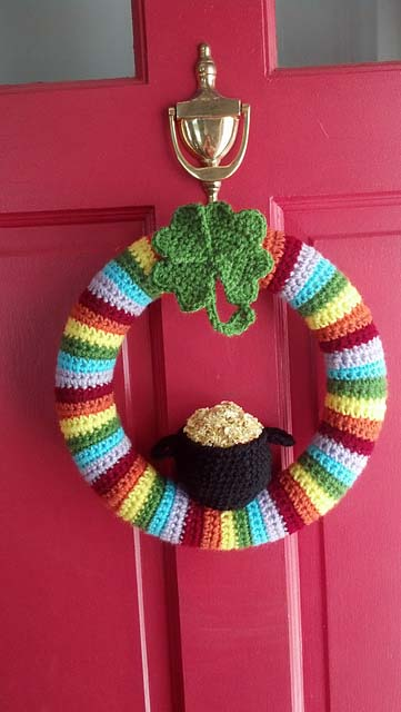 St. Patty's Wreath Crochet #stpatrick #diy #decor #decorations #decorhomeideas