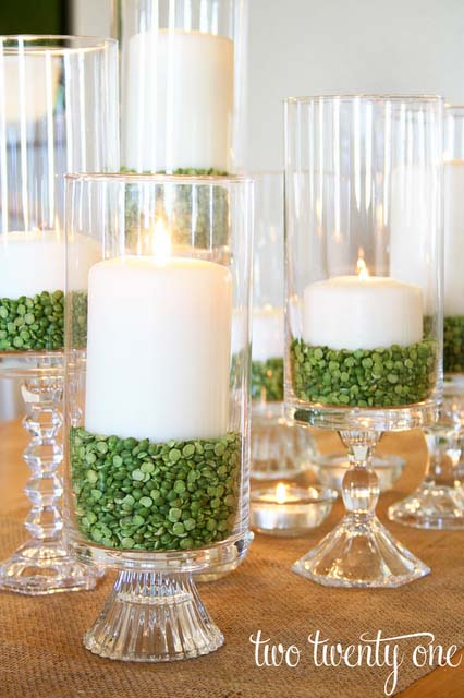 Thrifty St. Patrick's Day Centerpiece #stpatrick #diy #decor #decorations #decorhomeideas
