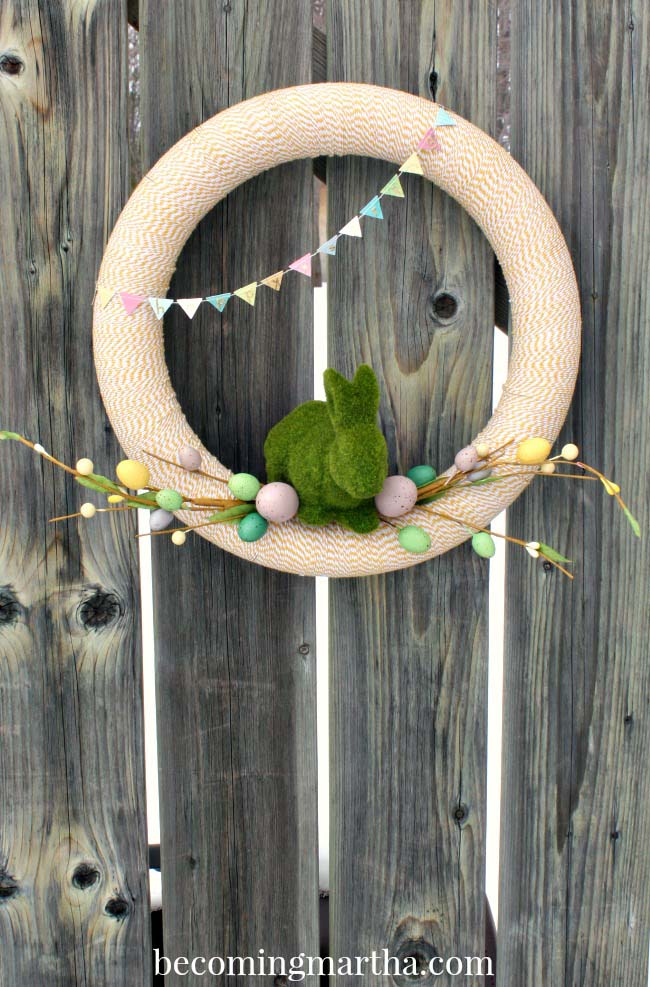 Bakers Twine Spring Wreath #easter #diy #porch #decor #decorhomeideas