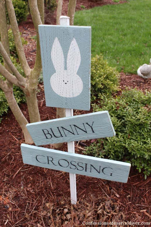 Bunny Crossing Sign #easter #diy #wood #crafts #decorhomeideas