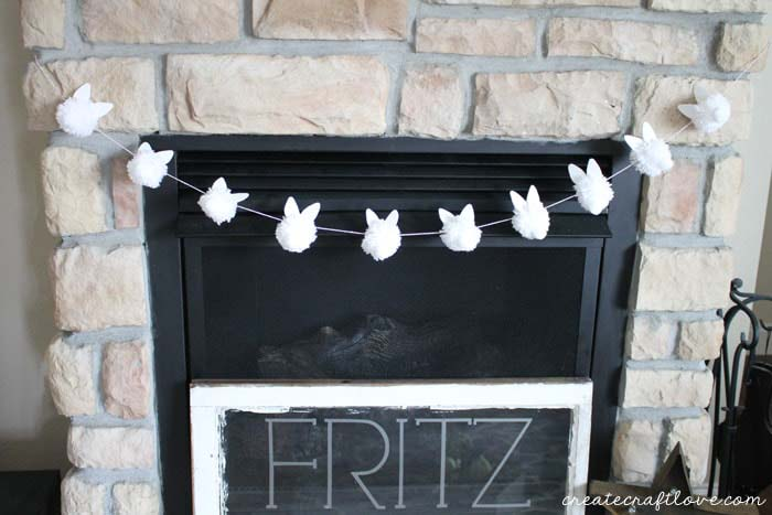 Bunny Pom Pom Garland #easter #diy #cheap #decor #decorhomeideas
