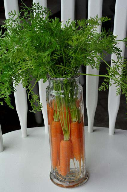 Carrots in a Vase #easter #diy #cheap #decor #decorhomeideas