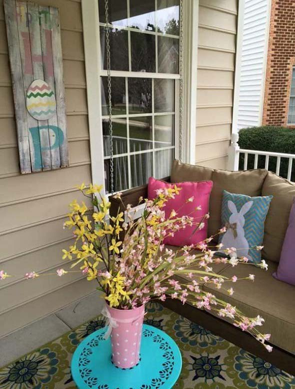 Cozy Easter Porch #easter #diy #porch #decor #decorhomeideas