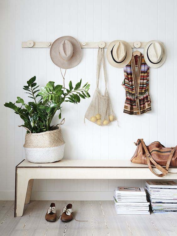 DIY Hat and Clothes Rack #hatrack #diy #organizer #decorhomeideas