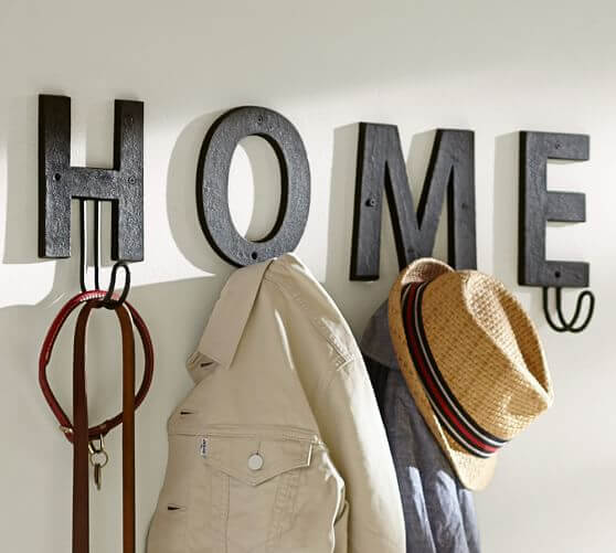 DIY Hat Rack Made Of Letters #hatrack #diy #organizer #decorhomeideas