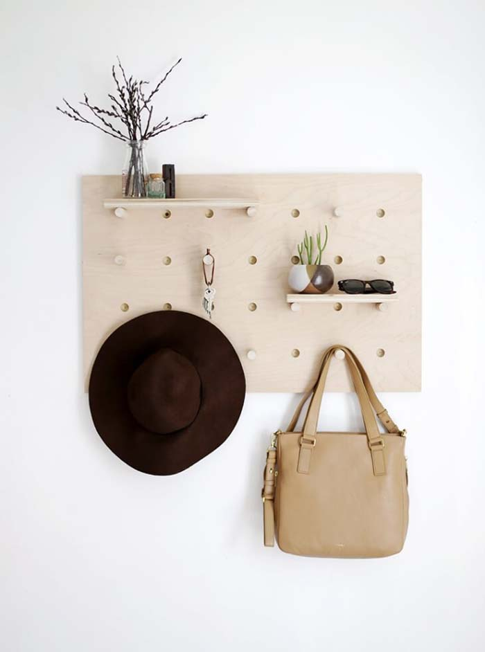 DIY Pegboard Bag and Hat Organizer #hatrack #diy #organizer #decorhomeideas