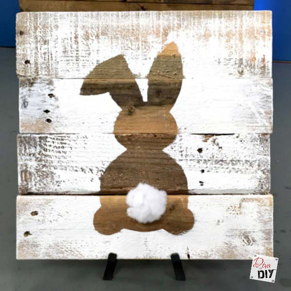 Easter bunny decoration sign #easter #diy #wood #crafts #decorhomeideas