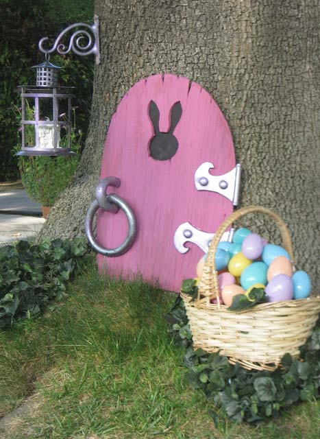 Easter Bunny Moves In #easter #diy #wood #crafts #decorhomeideas