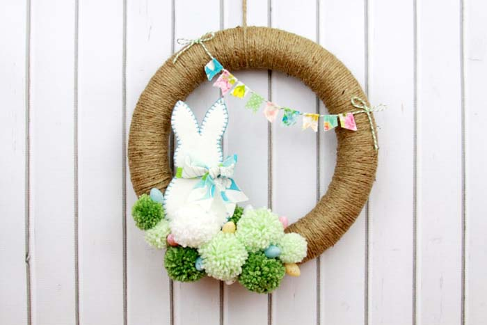 Easter Bunny Wreath #easter #diy #porch #decor #decorhomeideas