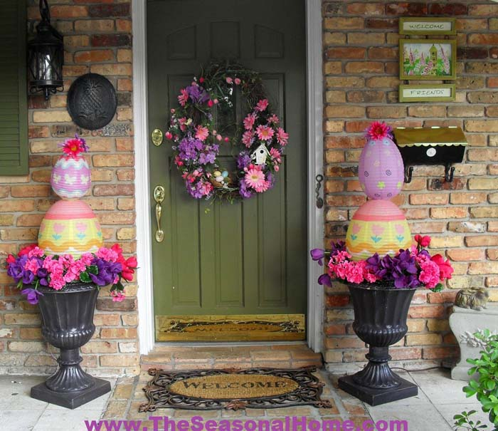 Easter Egg Topiary #easter #diy #porch #decor #decorhomeideas