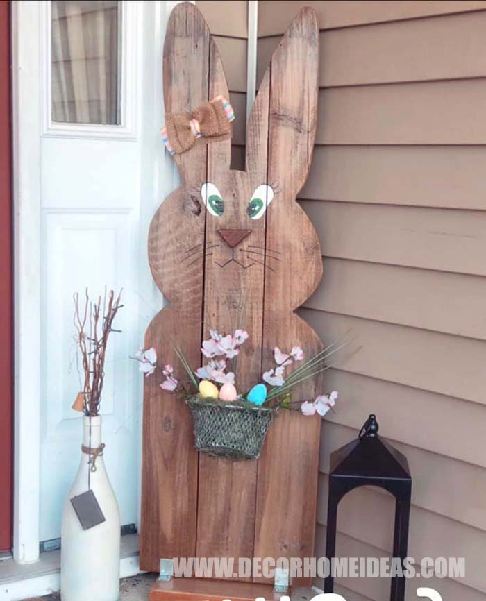Easter Front Porch Bunny #diy #easter #bunny #porch #decorhomeideas
