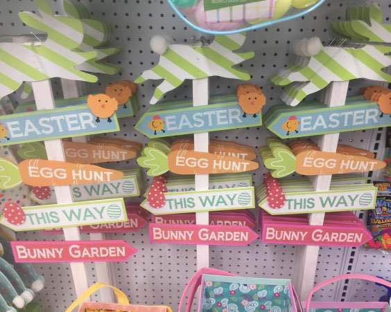 Easter Signboards #easter #diy #porch #decor #decorhomeideas