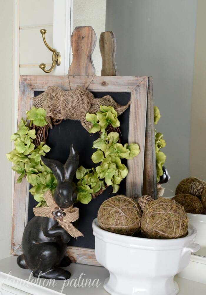 Elegant Bunny and Wreath with Burlap Bow #easter #diy #rustic #decor #decorhomeideas