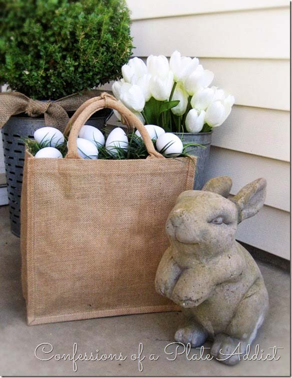 Farmhouse Easter Porch #easter #diy #porch #decor #decorhomeideas