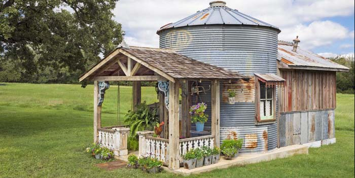 Grain Silo Converted Guesthouse 1