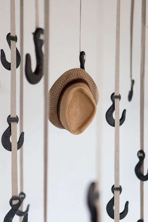 Hanging Hat Rack Hooks #hatrack #diy #organizer #decorhomeideas