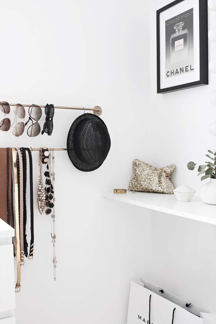 Hat and Clothes Hook Hanger #hatrack #diy #organizer #decorhomeideas