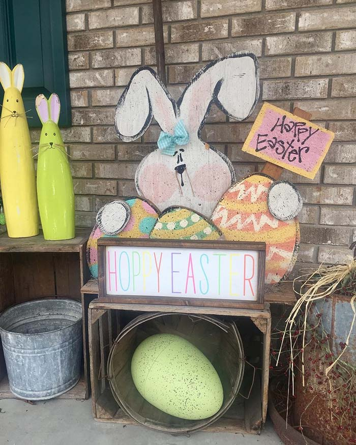 Hoppy Easter Front Porch Decor #easter #diy #porch #decor #decorhomeideas