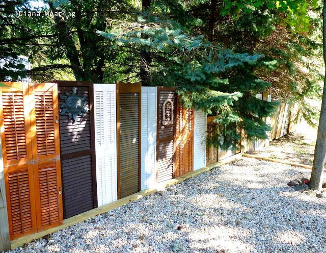 Make A Fence From Old Doors #diy #repurpose #doors #old #decorhomeideas