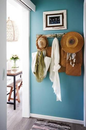 Mounted Wooden Hooks #hatrack #diy #organizer #decorhomeideas