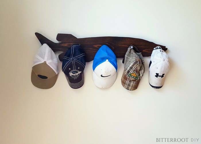 DIY Muskie Hat Rack #hatrack #diy #organizer #decorhomeideas