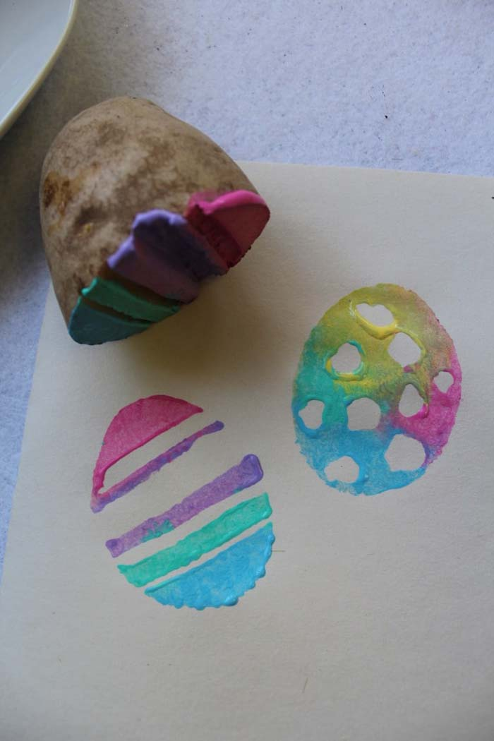 Potato Stamp Easter Eggs #easter #diy #dollarstore #crafts #kids  #decorhomeideas