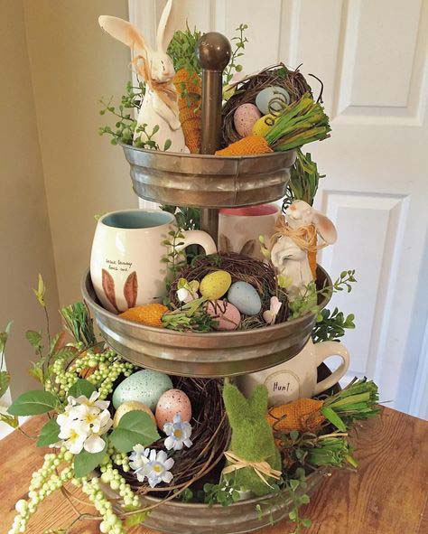 Rustic Easter Galvanized Tiered Tray #easter #diy #rustic #decor #decorhomeideas