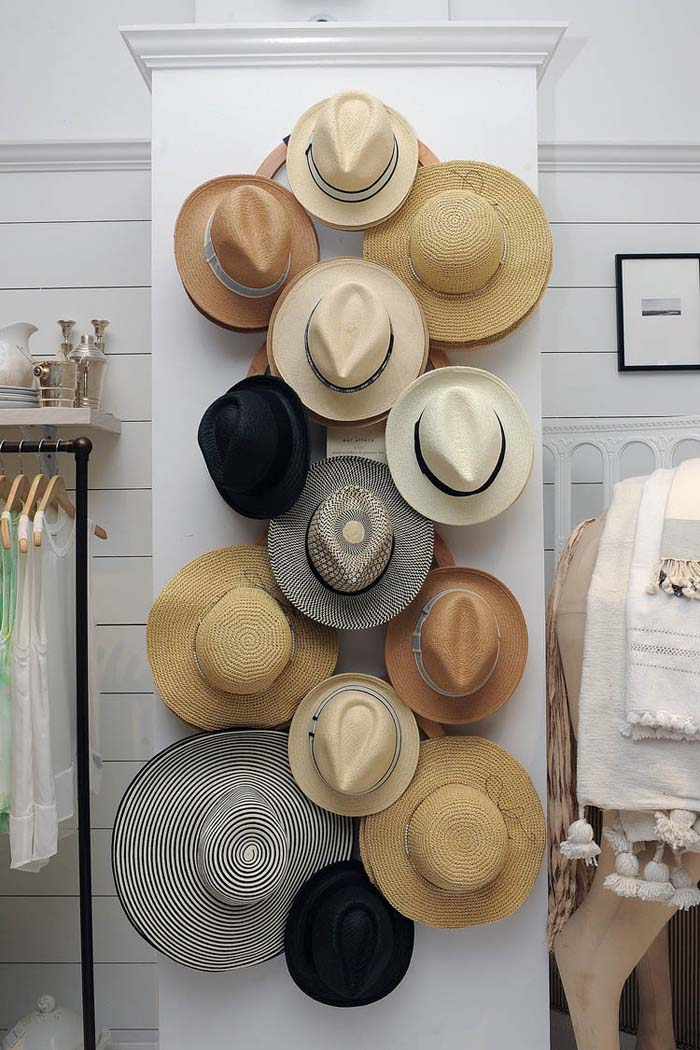 Straw Hat Rack #hatrack #diy #organizer #decorhomeideas