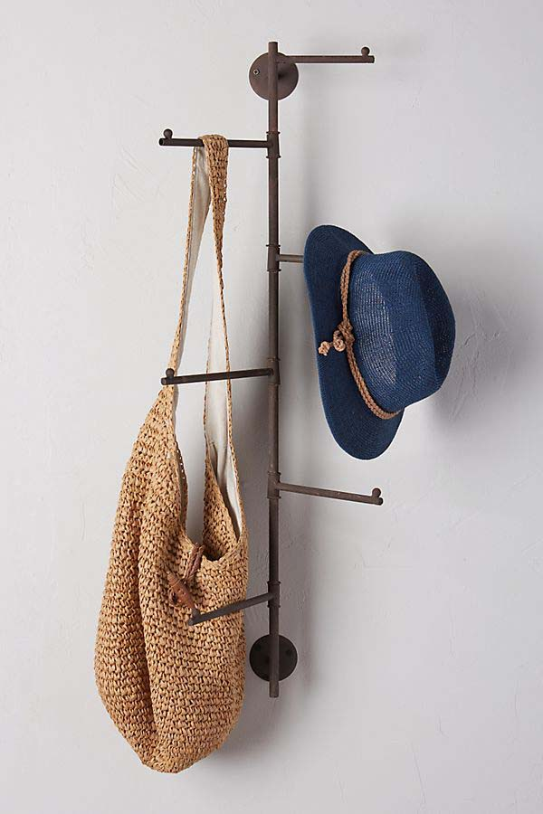 Swivel Hanging Hat and Bag Rack #hatrack #diy #organizer #decorhomeideas
