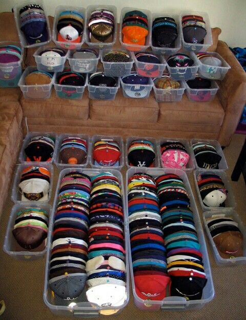 Tupperware Boxes Hat Storage #hatrack #diy #organizer #decorhomeideas